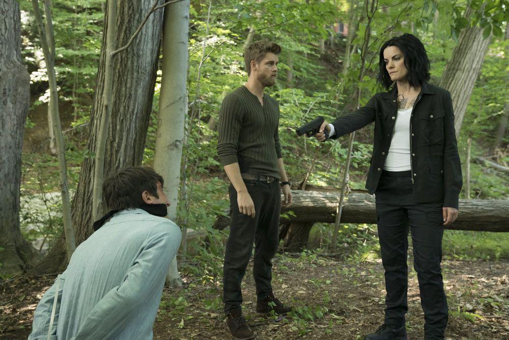 BLINDSPOT -- Episode 203 -- Pictured: (l-r) Luke Mitchell as Roman, Jaimie Alexander as Jane Doe -- (Photo by: Peter Kramer/NBC)