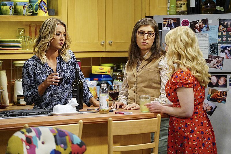 """""""The Military Miniaturization"""" -- Pictured: Penny (Kaley Cuoco), Amy Farrah Fowler (Mayim Bialik) and Bernadette (Melissa Rauch). Colonel Williams (Dean Norris), an Air Force representative from the Department of Material Command sits down to talk with Wolowitz, on THE BIG BANG THEORY, Monday, Sept. 26 (8:00-8:30, ET/PT), on the CBS Television Network. Photo: Sonja FlemmingCBS ©2016 CBS Broadcasting, Inc. All Rights Reserved."""