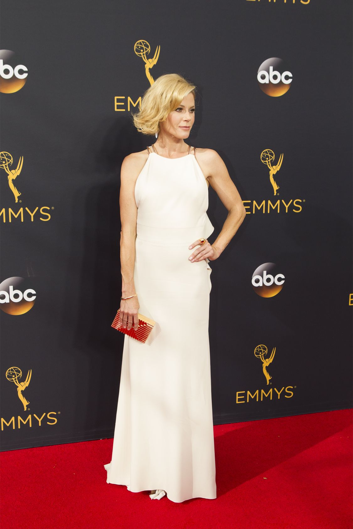 """THE 68TH EMMY(r) AWARDS - """"The 68th Emmy Awards"""" broadcasts live from The Microsoft Theater in Los Angeles, Sunday, September 18 (7:00-11:00 p.m. EDT/4:00-8:00 p.m. PDT), on ABC and is hosted by Jimmy Kimmel. (ABC/Rick Rowell) JULIE BOWEN"""