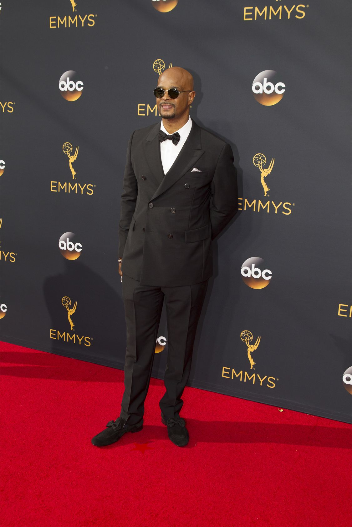 """THE 68TH EMMY(r) AWARDS - """"The 68th Emmy Awards"""" broadcasts live from The Microsoft Theater in Los Angeles, Sunday, September 18 (7:00-11:00 p.m. EDT/4:00-8:00 p.m. PDT), on ABC and is hosted by Jimmy Kimmel. (ABC/Rick Rowell) DAMON WAYANS JR."""
