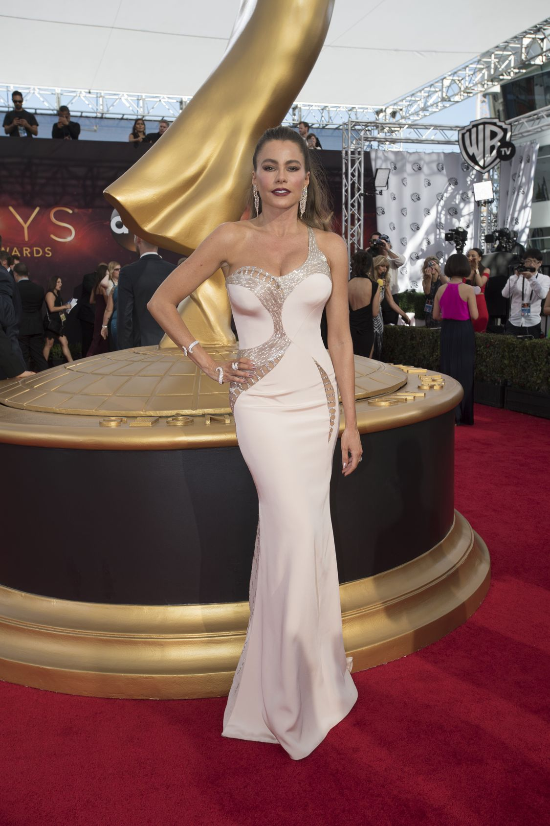 """THE 68TH EMMY(r) AWARDS - """"The 68th Emmy Awards"""" broadcasts live from The Microsoft Theater in Los Angeles, Sunday, September 18 (7:00-11:00 p.m. EDT/4:00-8:00 p.m. PDT), on ABC and is hosted by Jimmy Kimmel. (ABC/Image Group LA) SOFIA VERGARA"""