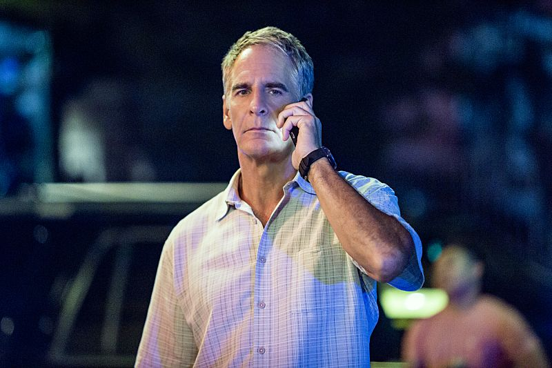 """""""Suspicious Minds"""" -- Pride faces further backlash from the FBI when he helps former Navy Intelligence Analyst Elvis Bertrand (Tom Arnold), who is the lead suspect in a multiple homicide case, on NCIS: NEW ORLEANS, Tuesday, Sept. 27 (10:00-11:00 PM, ET/PT), on the CBS Television Network. Pictured: Scott Bakula as Special Agent Dwayne Pride Photo: Skip Bolen/CBS ©2016 CBS Broadcasting, Inc. All Rights Reserved"""
