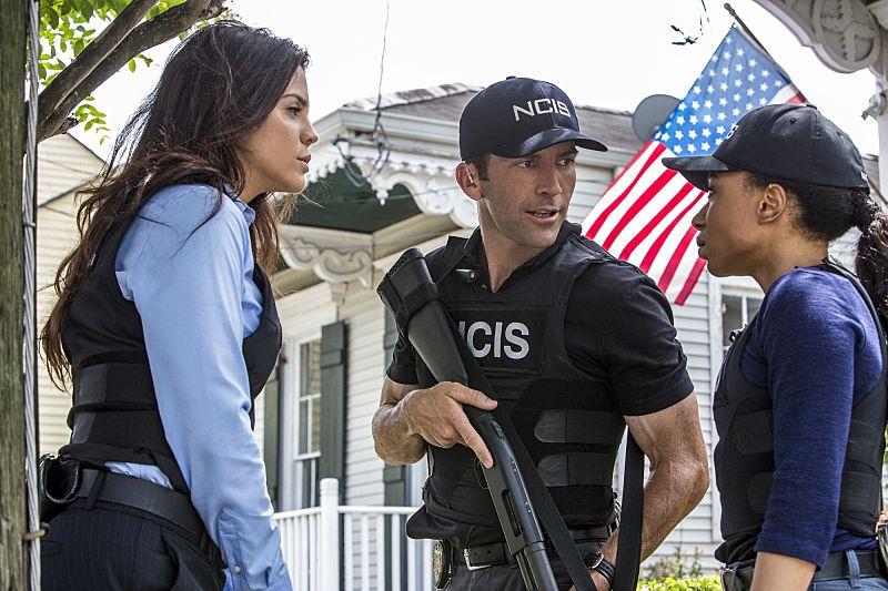 NCIS NEW ORLEANS Season 3 Episode 2 Photos Suspicious Minds 01