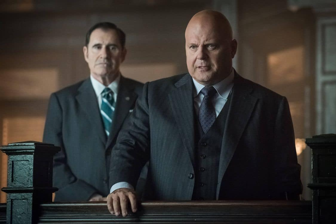 """GOTHAM: L-R: Guest star Richard Kind and Michael Chiklis in the """"Mad City: Better to Reign in Hell…"""" season premiere episode of GOTHAM airing airing Monday, Sept. 19 (8:00-9:01 PM ET/PT) on FOX. ©2015 Fox Broadcasting Co. Cr: Jeff Neumann/FOX."""