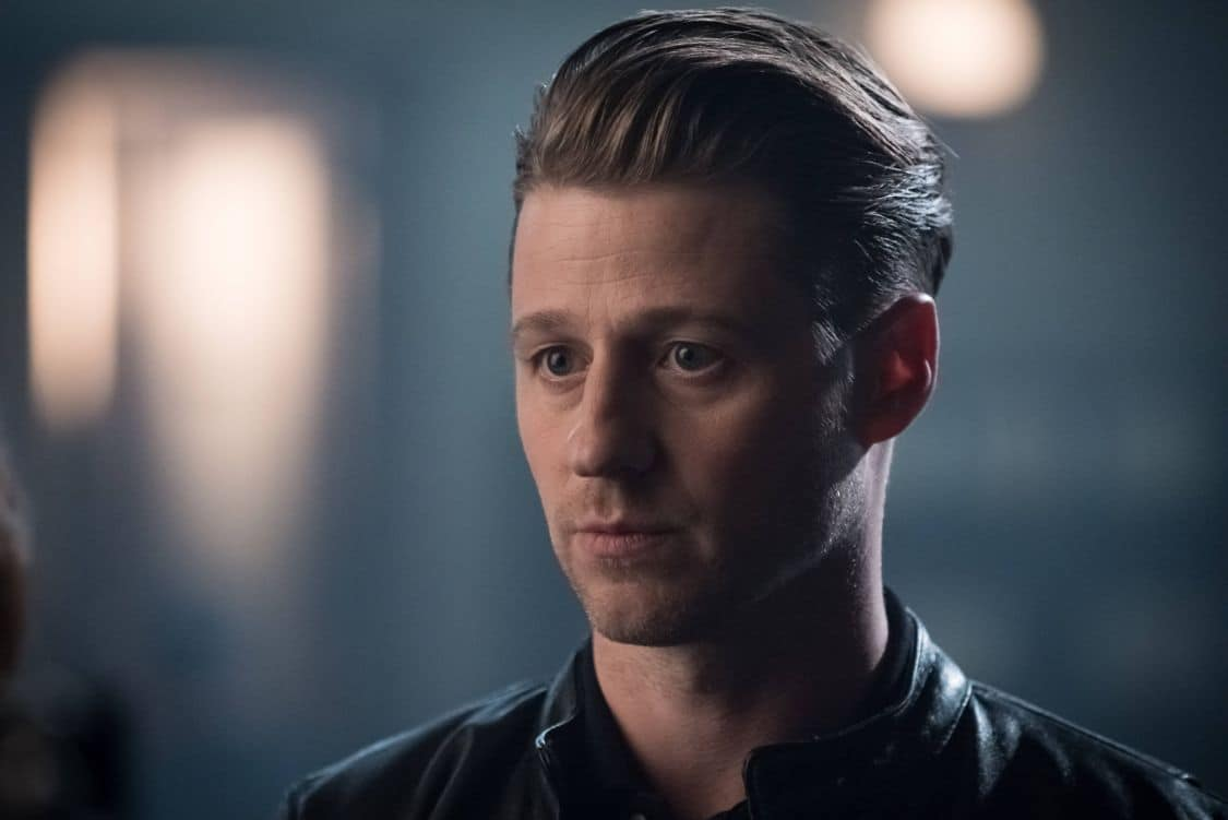 GOTHAM Season 3 Episode 1 Photos Mad City Better to Reign in Hell 04