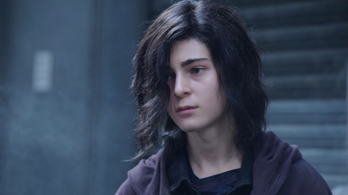 """GOTHAM: David Mazouz in the """"Mad City: Burn The Witch"""" episode of GOTHAM airing airing Monday, Sept. 26 (8:00-9:01 PM ET/PT) on FOX.  ©2016 Fox Broadcasting Co. Cr: Nicole Rivelli/FOX."""