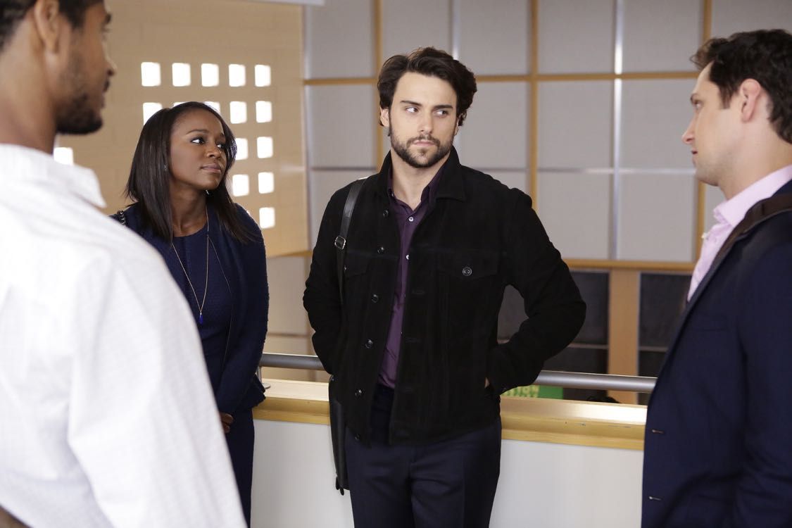 """HOW TO GET AWAY WITH MURDER - """"There Are Worse Things Than Murder"""" - With her job on the line, Annalise fights back against the Middleton University Board. Meanwhile, secrets are exposed as the Keating 5 compete to take on the case of a battered woman accused of murdering her husband, on """"How to Get Away with Murder,"""" THURSDAY, SEPTEMBER 29 (10:00-11:00 p.m. EDT), on the ABC Television Network. (ABC/Nicole WIlder) AJA NAOMI KING, JACK FALAHEE, MATT MCGORRY"""