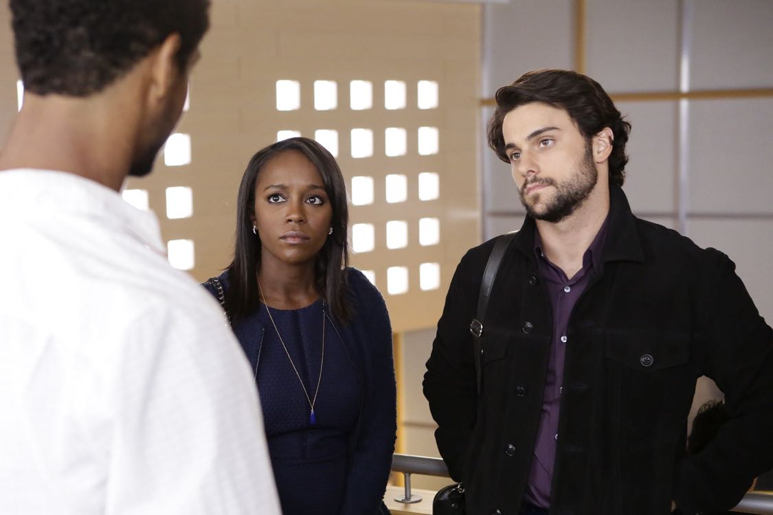 """HOW TO GET AWAY WITH MURDER - """"There Are Worse Things Than Murder"""" - With her job on the line, Annalise fights back against the Middleton University Board. Meanwhile, secrets are exposed as the Keating 5 compete to take on the case of a battered woman accused of murdering her husband, on """"How to Get Away with Murder,"""" THURSDAY, SEPTEMBER 29 (10:00-11:00 p.m. EDT), on the ABC Television Network. (ABC/Nicole WIlder) AJA NAOMI KING, JACK FALAHEE"""
