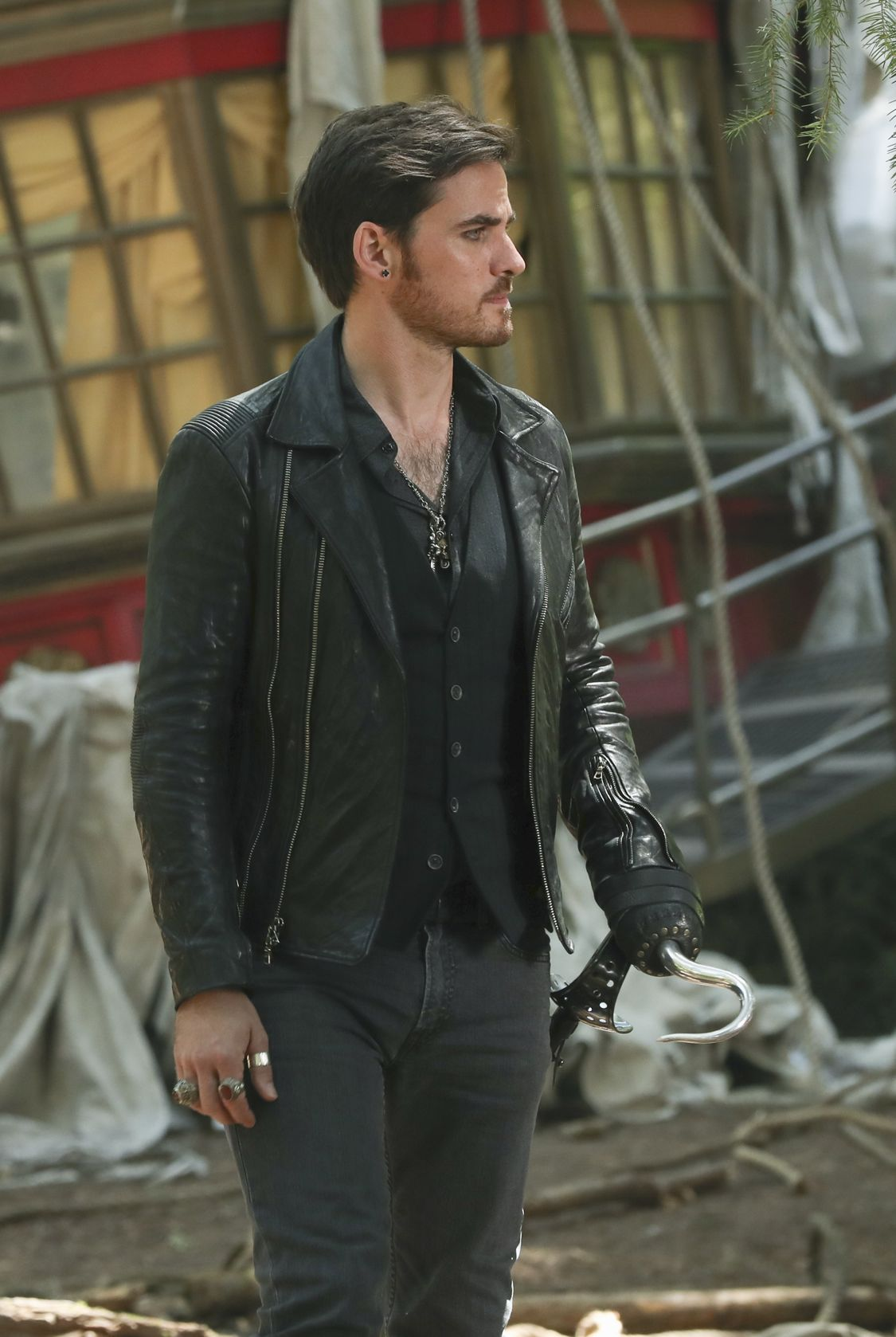 """ONCE UPON A TIME - """"The Savior"""" - As """"Once Upon a Time"""" returns to ABC for its sixth season, SUNDAY, SEPTEMBER 25 (8:00-9:00 p.m. EDT), on the ABC Television Network, so does its classic villain-the Evil Queen. (ABC/Jack Rowand) COLIN O'DONOGHUE"""