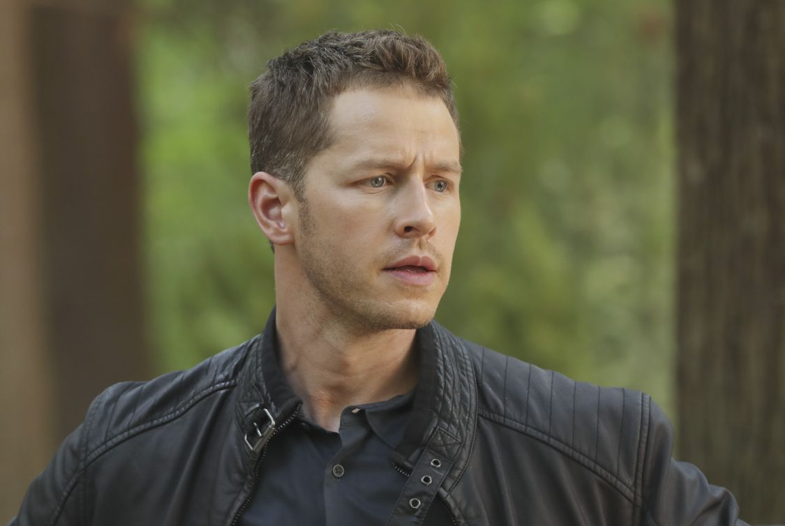 """ONCE UPON A TIME - """"The Savior"""" - As """"Once Upon a Time"""" returns to ABC for its sixth season, SUNDAY, SEPTEMBER 25 (8:00-9:00 p.m. EDT), on the ABC Television Network, so does its classic villain-the Evil Queen. (ABC/Jack Rowand) JOSH DALLAS"""