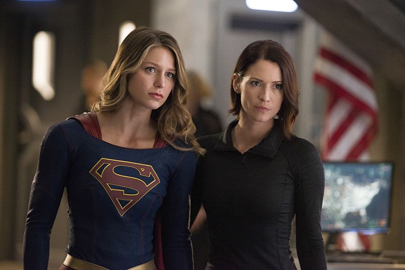 """Supergirl -- """"The Last Children of Krypton"""" -- Image SPG202b_0146 -- Pictured (L-R): Melissa Benoist Kara/Supergirl and Chyler Leigh as Alex Danvers -- Photo: Diyah Pera/The CW -- © 2016 The CW Network, LLC. All Rights Reserved"""
