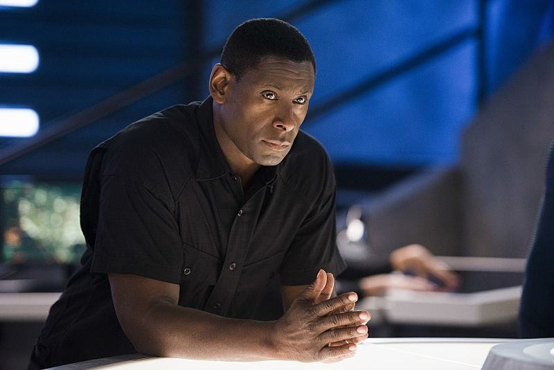 """Supergirl -- """"The Last Children of Krypton"""" -- Image SPG202b_0332 -- Pictured: David Harewood as Hank Henshaw -- Photo: Diyah Pera/The CW -- © 2016 The CW Network, LLC. All Rights Reserved"""