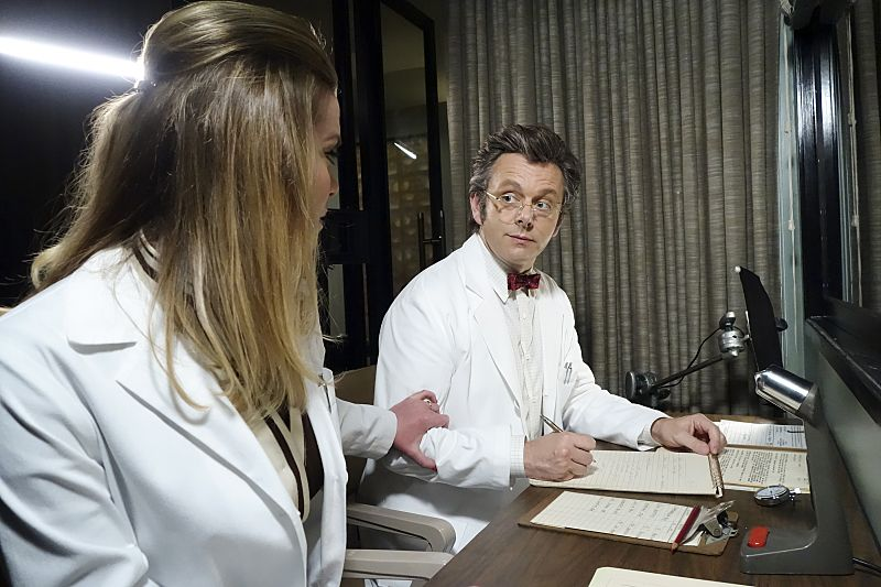 Betty Gilpin as Nancy and Michael Sheen as Dr. William Masters in Masters of Sex (season 4, episode 2) - Photo: Warren Feldman/SHOWTIME - Photo ID: MastersofSex_402_0990