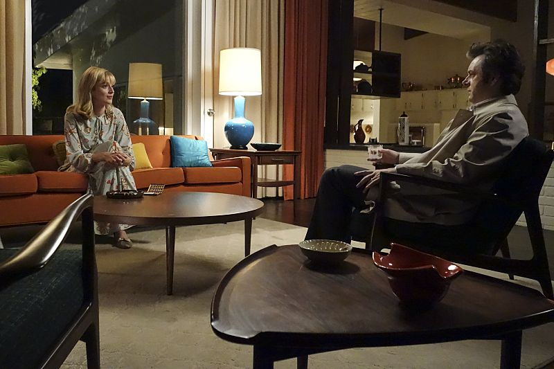 Caitlin Fitzgerald as Libby Masters and Michael Sheen as Dr. William Masters in Masters of Sex (season 4, episode 2) - Photo: Warren Feldman/SHOWTIME - Photo ID: MastersofSex_402_0775