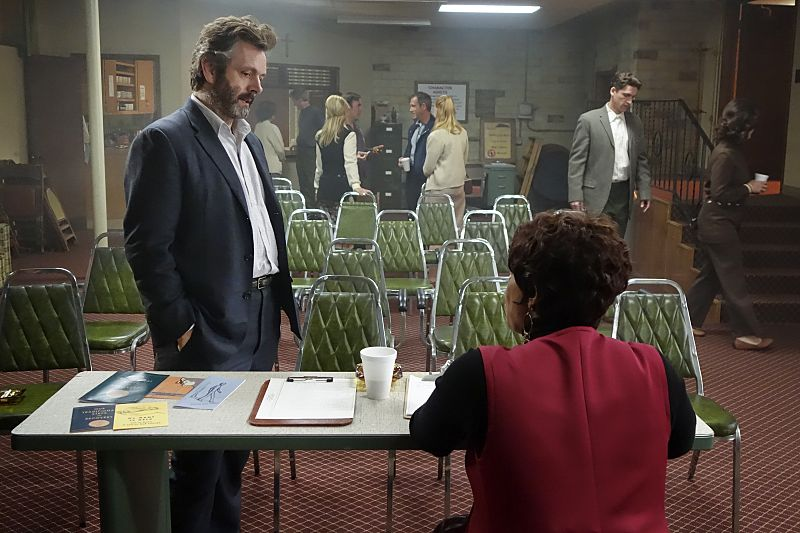 Michael Sheen as Dr. William Masters and Niecy Nash as Louise Bell in Masters of Sex (season 4, episode 1) - Photo: Warren Feldman/SHOWTIME - Photo ID: MastersofSex_401_0534
