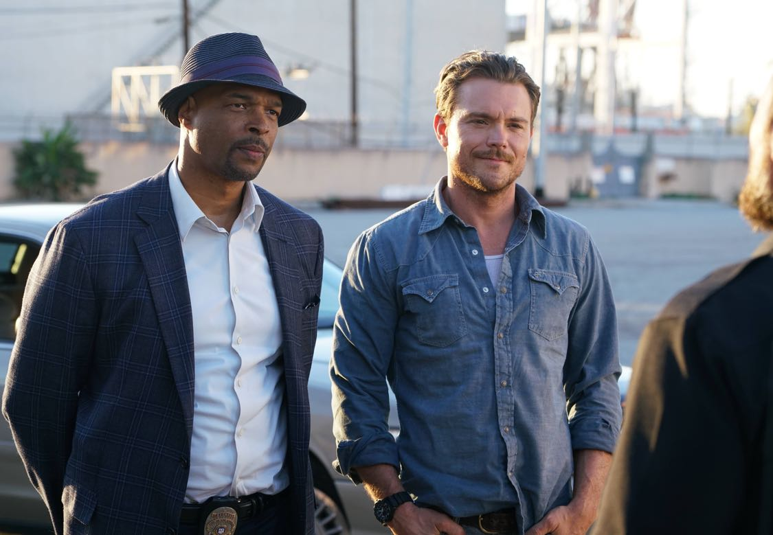 LETHAL WEAPON Season 1 Episode 1 Photos Pilot 12