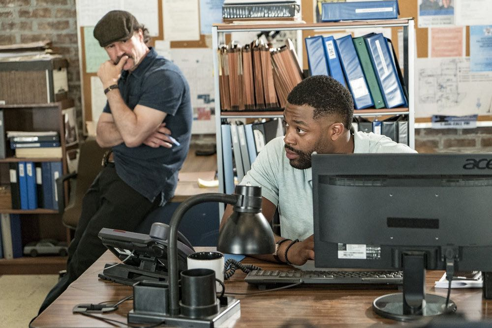 "CHICAGO P.D. -- ""The Silos"" Episode 401 -- Pictured: (l-r) Elias Koteas as Alvin Olinsky, LaRoyce Hawkins as Kevin Atwater -- (Photo by: Matt Dinerstein/NBC)"