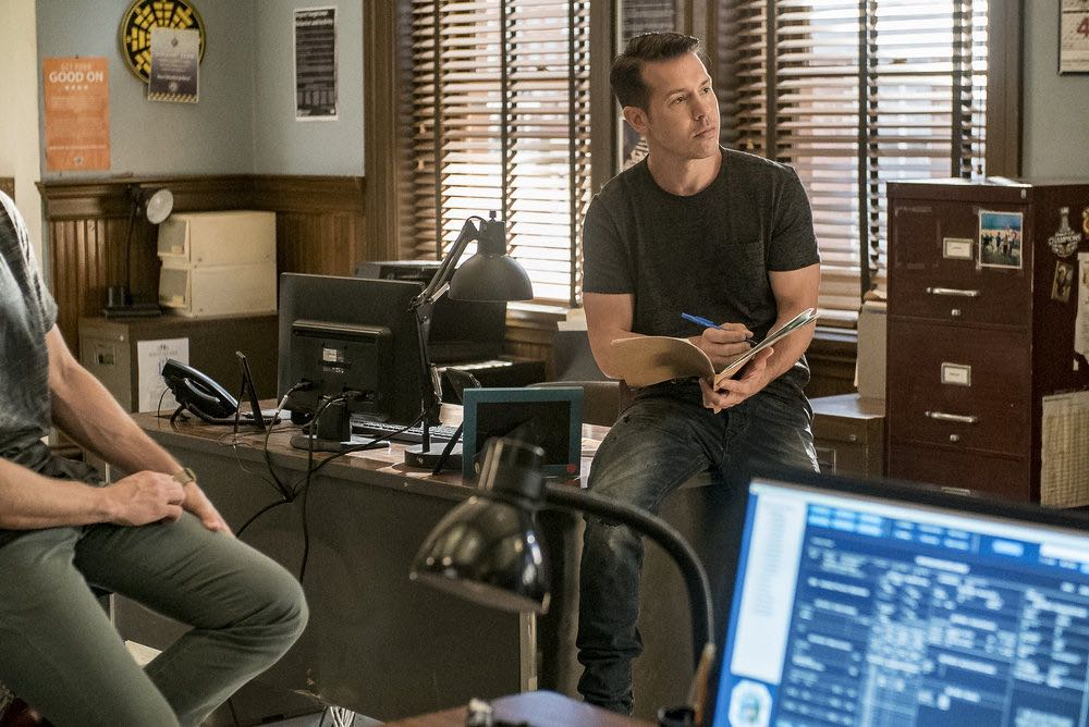 "CHICAGO P.D. -- ""The Silos"" Episode 401 -- Pictured: Jon Seda as Antonio Dawson -- (Photo by: Matt Dinerstein/NBC)"