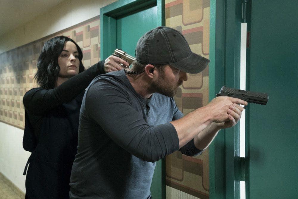BLINDSPOT -- Episode 201-- Pictured: (l-r) Jaimie Alexander as Jane Doe, Sullivan Stapleton as Kurt Weller -- (Photo by: Virginia Sherwood/NBC)