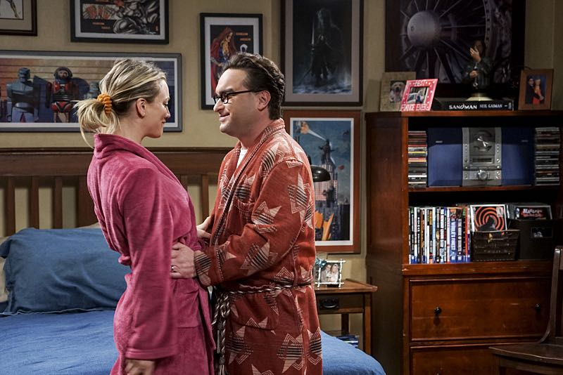 """The Veracity Elasticity"""" -- Pictured: Penny (Kaley Cuoco) and Leonard Hofstadter (Johnny Galecki). In order to continue living with Sheldon, Amy lies to him about repairs being made to her apartment and they host an """"on location"""" episode of """"Fun With Flags"""" in Penny's apartment. Also, Leonard lets Penny decorate Sheldon's old room after he learns that she has been secretly moving Leonard's collectibles into storage, on THE BIG BANG THEORY, Thursday, Nov. 3 (8:00-8:31 PM, ET/PT), on the CBS Television Network. Photo: Monty Brinton/CBS ©2016 CBS Broadcasting, Inc. All Rights Reserved."""