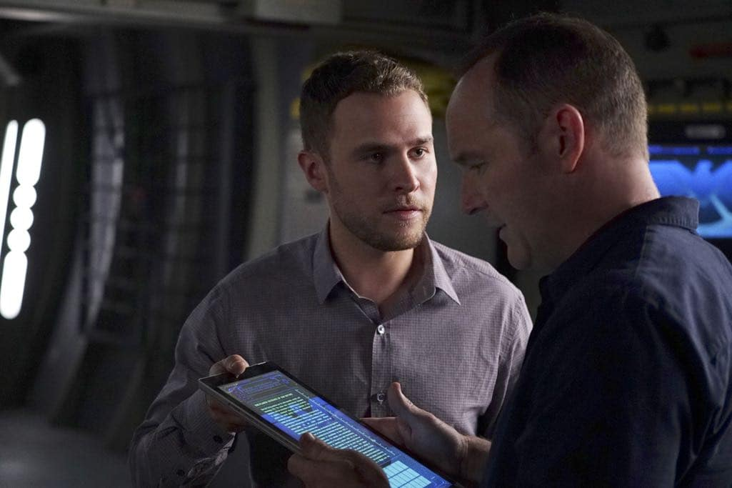 """MARVEL'S AGENTS OF S.H.I.E.L.D. - """"The Good Samaritan"""" - Robbie's shocking story on how he became Ghost Rider is finally discovered as Coulson and his team's lives hang in the balance, on """"Marvel's Agents of S.H.I.E.L.D.,"""" TUESDAY, NOVEMBER 1 (10:00-11:00 p.m. EDT), on the ABC Television Network. (ABC/Eric McCandless) IAIN DE CAESTECKER, CLARK GREGG"""