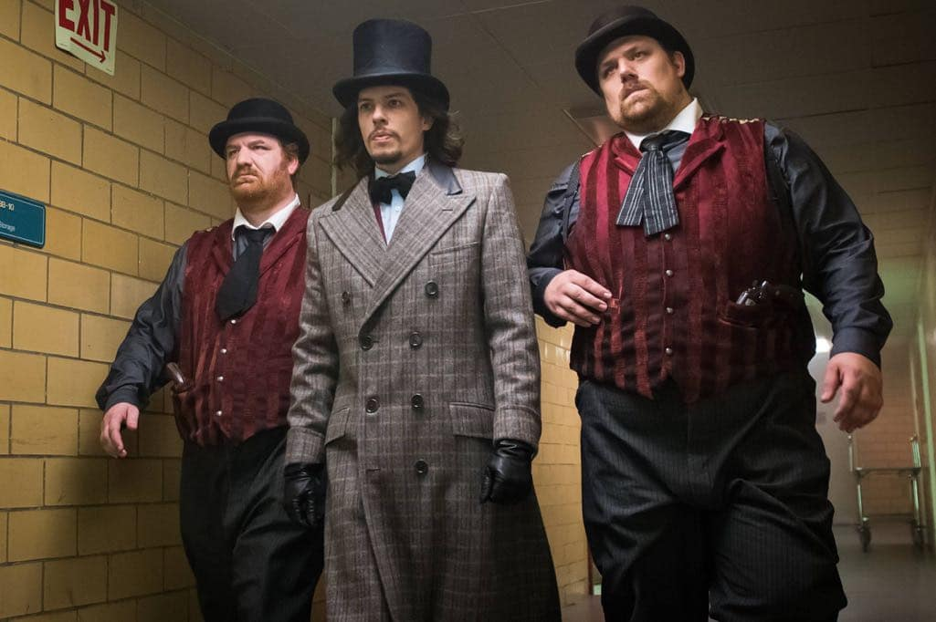 """GOTHAM: Center: Benedict Samuel in the """"Mad City: Red Queen"""" episode of GOTHAM airing Monday, Oct. 31 (8:00-9:01 PM ET/PT) on FOX. ©2016 Fox Broadcasting Co. Cr: Jeff Neumann/FOX."""