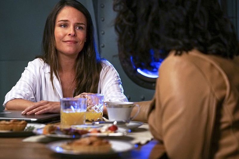 "Jane The Virgin -- ""Chapter Forty-Seven"" -- Image Number: JAV303a_0129.jpg -- Pictured: Yara Martinez as Luisa-- Photo: Scott Everett White/The CW -- ©2016 The CW Network, LLC. All Rights Reserved."