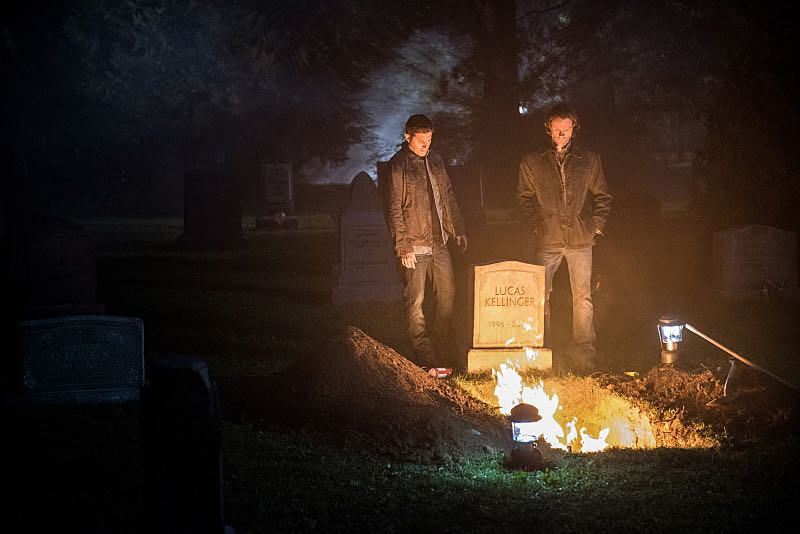 "Supernatural -- ""The Foundry"" -- SN1203a_0389.jpg -- Pictured (L-R): Jensen Ackles as Dean and Jared Padalecki as Sam -- Photo: Dean Buscher/The CW -- © 2016 The CW Network, LLC. All Rights Reserve"