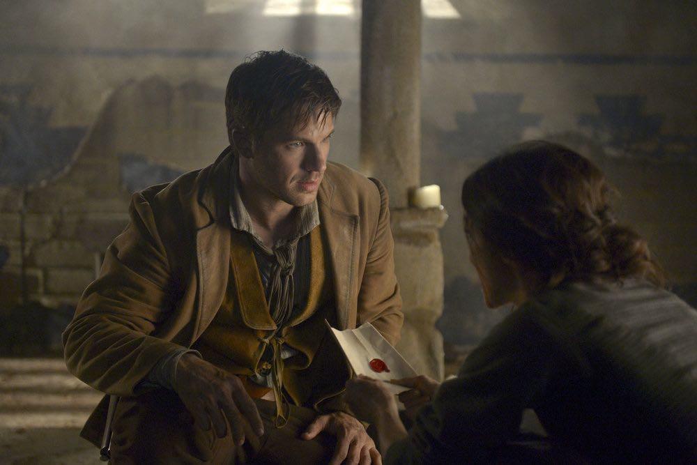 "TIMELESS -- ""The Alamo"" Episode 104 -- Pictured: Matt Lanter as Wyatt Logan -- (Photo by: Sergei Bachlakov/NBC)"