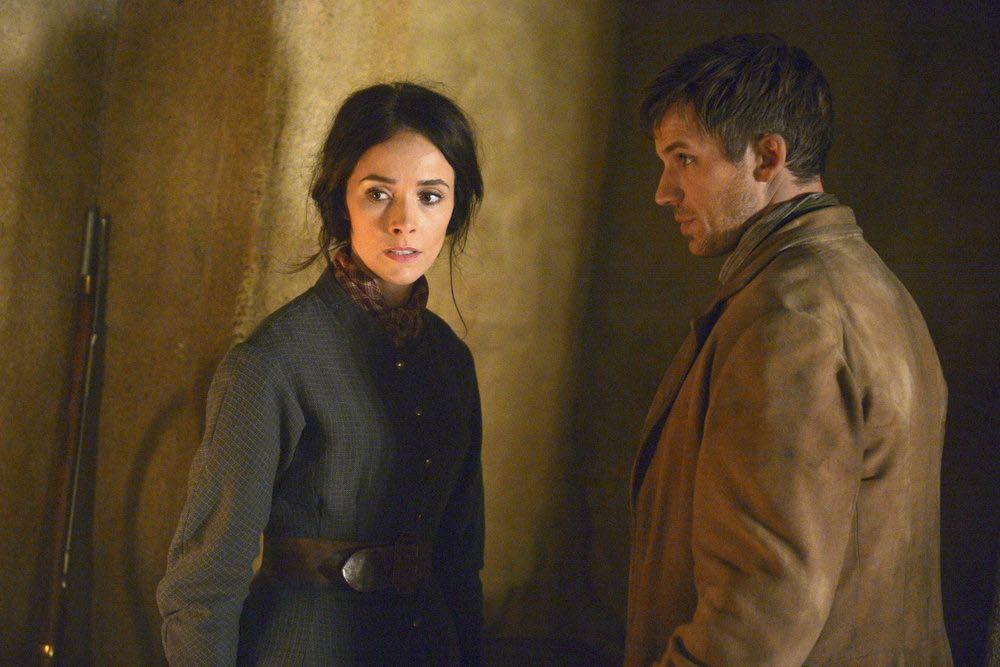 "TIMELESS -- ""The Alamo"" Episode 104 -- Pictured: (l-r) Abigail Spencer as Lucy Preston, Matt Lanter as Wyatt Logan -- (Photo by: Sergei Bachlakov/NBC)"