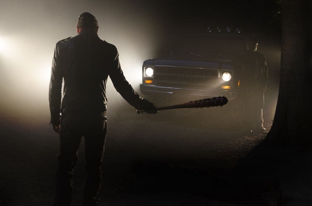 >>> NOT TO BE USED UNTIL 10/24/16 at 1:00 AM EST <<< Jeffrey Dean Morgan as Negan - The Walking Dead _ Season 7, Episode 1 - Photo Credit: Gene Page/AMC