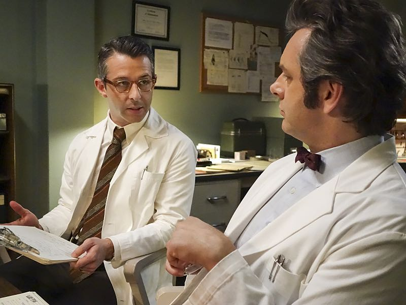 Jeremy Strong as Art and Michael Sheen as Dr. William Masters in Masters of Sex (season 4, episode 7) - Photo: Warren Feldman/SHOWTIME - Photo ID: MastersofSex_407_0720