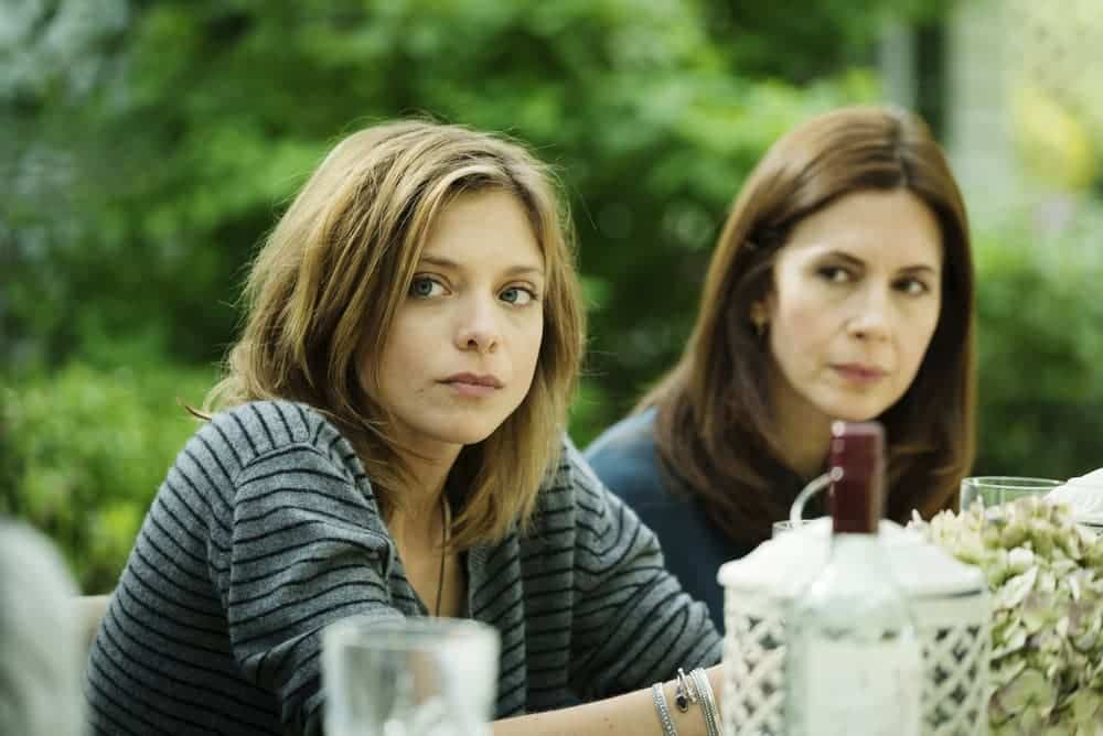 "FALLING WATER -- ""Monsters, Most Familiar"" Episode 103 -- Pictured: (l-r) Lizzie Brochere as Tess, Jessica Hecht as Miranda Siminoff -- (Photo by: Michael Parmalee/USA Network)"