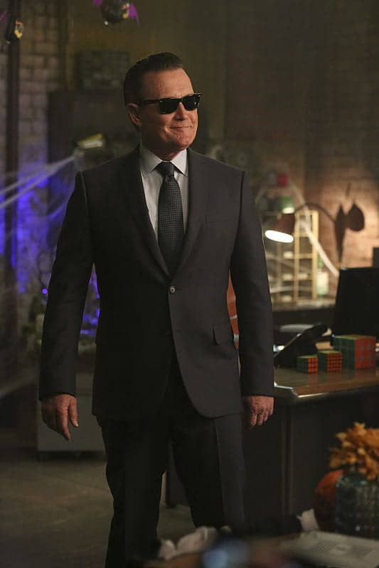"""""""Bat Poop Crazy"""" -- Coverage of the CBS series SCORPION, scheduled to air on the CBS Television Network. Photo: Michael Yarish/CBS ©2016 CBS Broadcasting, Inc. All Rights Reserved"""