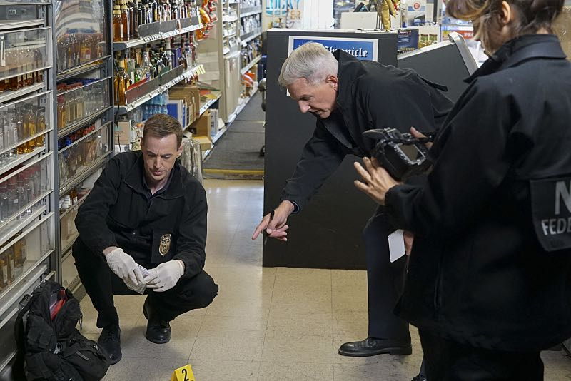 """Home of the Brave"" -- Torres boldly breaks protocol when he learns a witness in an NCIS case is wanted by U.S. Immigration and Customs Enforcement. Also, Abby, Bishop and McGee woo landlord Tony DiNozzo Sr. (Robert Wagner) in the hope of subletting Tony's apartment, on NCIS, Tuesday, Nov. 1 (8:00-9:00 PM, ET/PT), on the CBS Television Network. Pictured: Sean Murray, Mark Harmon, Sean Murray.. Photo: Bill Inoshita/CBS ©2016 CBS Broadcasting, Inc. All Rights Reserved"