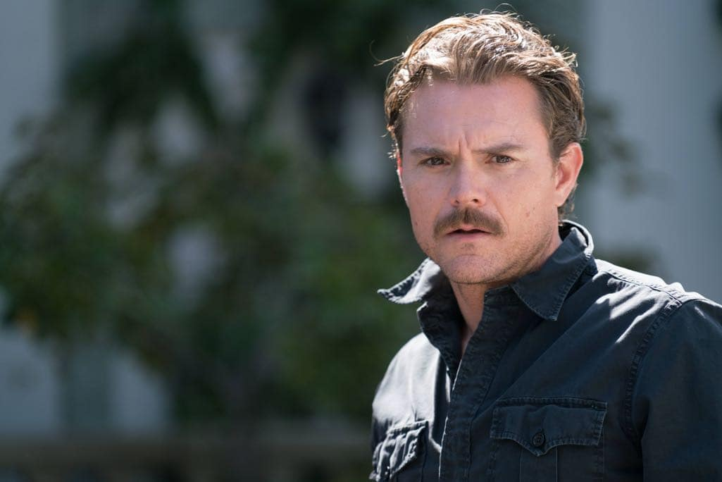 "LETHAL WEAPON: Clayne Crawford in the ""NAME"" episode of LETHAL WEAPON airing Wednesday, NOV. 2 (8:00-9:00 PM ET/PT) on FOX. ©2016 Fox Broadcasting Co. CR: Michael Desmond/FOX"
