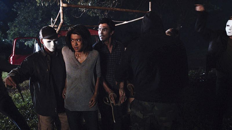 """Ka hale ho'okauweli"" -- On Halloween, Five-0 investigates the murder of a medium with a checkered past who was apparently scared to death by a poltergeist. Also, Kono and Adam are kidnapped by what appears to be a death cult, on HAWAII FIVE-0, Friday, Oct. 28 (9:00-10:00 PM, ET/PT), on the CBS Television Network. Pictured left ro right: Grace Park as Kono Kalakaua and Ian Anthony Dale as Adam Noshimuri. Photo: CBS ©2016 CBS Broadcasting, Inc. All Rights Reserved"
