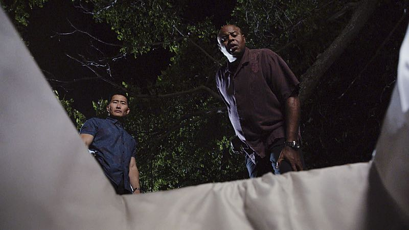 """Ka hale ho'okauweli"" -- On Halloween, Five-0 investigates the murder of a medium with a checkered past who was apparently scared to death by a poltergeist. Also, Kono and Adam are kidnapped by what appears to be a death cult, on HAWAII FIVE-0, Friday, Oct. 28 (9:00-10:00 PM, ET/PT), on the CBS Television Network. Pictured left to right: Daniel Dae Kim as Chin Ho Kelly and Chi McBride as Lou Grover. Photo: CBS ©2016 CBS Broadcasting, Inc. All Rights Reserved"
