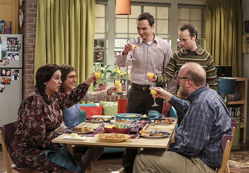 """The Fetal Kick Catalyst"" -- Pictured: Mrs. Petrescu (Michelle Arthur), Amy Farrah Fowler (Mayim Bialik), Sheldon Cooper (Jim Parsons), Kevin Sussman (Stuart) and Bert (Brian Posehn). Penny is surprised to learn she has fans of her performance in ""Serial Ape-ist"" when she attends Van Nuys Comic Con with Leonard. Also, Amy hosts a Sheldon-style brunch at Penny's apartment and Wolowitz makes an impulsive purchase when he starts stressing out about the baby on the way, when THE BIG BANG THEORY moves to its regular time period, Thursday, Oct. 27 (8:00-8:31 PM, ET/PT), on the CBS Television Network. Photo: Michael Yarish/Warner Bros. Entertainment Inc. © 2016 WBEI. All rights reserved."