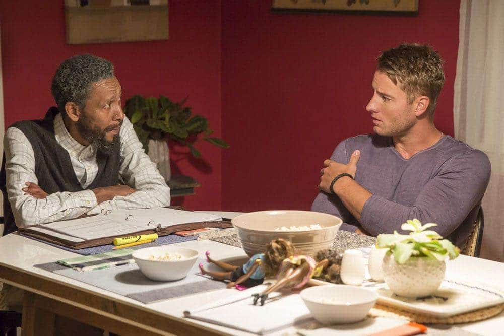 "THIS IS US -- ""The Game Plan"" Episode 105 -- Pictured: (l-r) Ron Cephas Jones as William, Justin Hartley as Kevin -- (Photo by: Ron Batzdorff/NBC)"