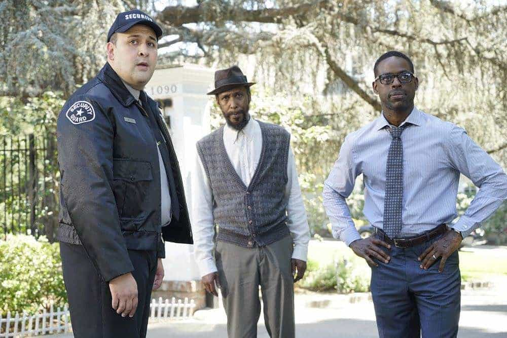 "THIS IS US -- ""The Pool"" Episode 104 -- Pictured: (l-r) Ron Cephas Jones as William, Sterling K. Brown as Randall -- (Photo by: Paul Drinkwater/NBC)"