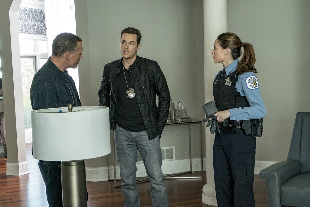 "CHICAGO P.D. -- ""Skin in the Game"" Episode 406 -- Pictured: (l-r) Jason Beghe as Hank Voight, Jesse Lee Soffer as Jay Halstead, Marina Squerciati as Kim Burgess -- (Photo by: Matt Dinerstein/NBC)"