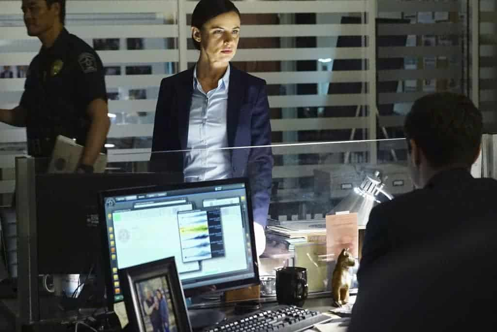 SECRETS AND LIES Season 2 Episode 4 Photos The Detective 44