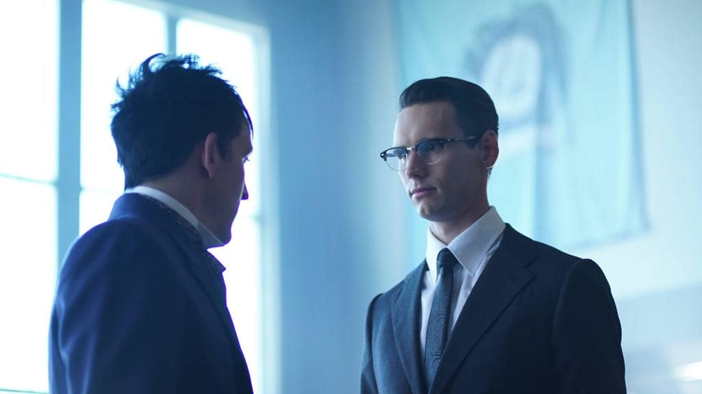 """GOTHAM: L-R: Robin Lord Taylor and Cory Michael Smith in the """"Mad City: Follow the White Rabbit"""" episode of GOTHAM airing Monday, Oct. 24 (8:00-9:01 PM ET/PT) on FOX. ©2016 Fox Broadcasting Co. Cr: Nicole Rivelli/FOX."""