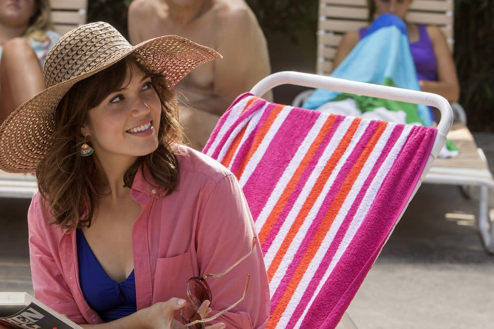"THIS IS US -- ""The Pool"" Episode 104 -- Pictured: Mandy Moore as Rebecca -- (Photo by: Ron Batzdorff/NBC)"