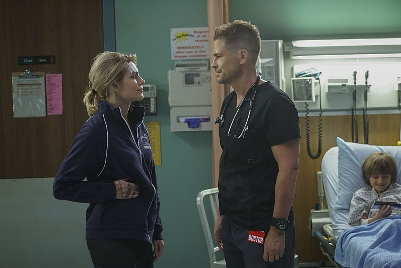 """Demons and Angels"" -- On Halloween night, Willis, Noa and Elliott rush to the scene of a fire at a haunted theater, where Dr. Nolan (Kathleen Rose Perkins) and her boyfriend's son are trapped, on CODE BLACK, Wednesday, Oct. 26 (10:00-11:00 PM, ET/PT), on the CBS Television Network. Pictured: Kathleen Rose Perkins (Dr. Amanda Nolan), Rob Lowe (Col. Ethan Willis) Photo: Monty Brinton/CBS ©2016 CBS Broadcasting, Inc. All Rights Reserved"