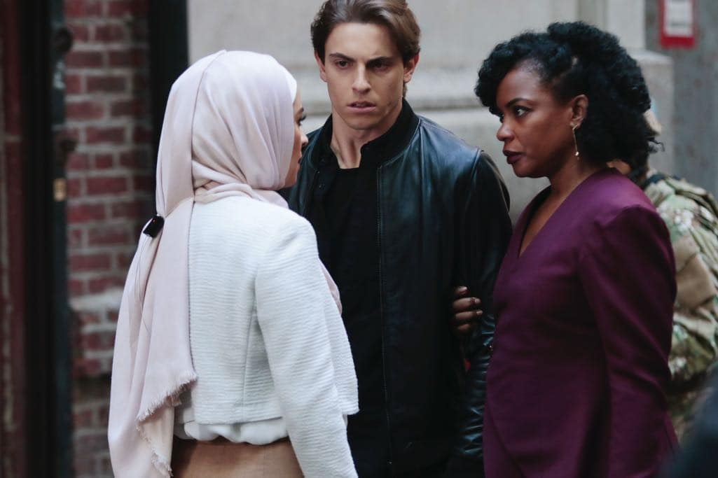 """QUANTICO - """"Kubark"""" - The trainees are put through a training drill that tests their stress levels while Alex tries to gather information and get close to Owen. Meanwhile, in the future, the terrorist organization demands a trade, a move that could possibly end the stand-off, on """"Quantico,"""" airing SUNDAY, OCTOBER 23 (10:00-11:00 p.m. EDT), on the ABC Television Network. (ABC/Giovanni Rufino) YASMINE AL MASSRI, DEREK KLENA, AUNJANUE ELLIS"""