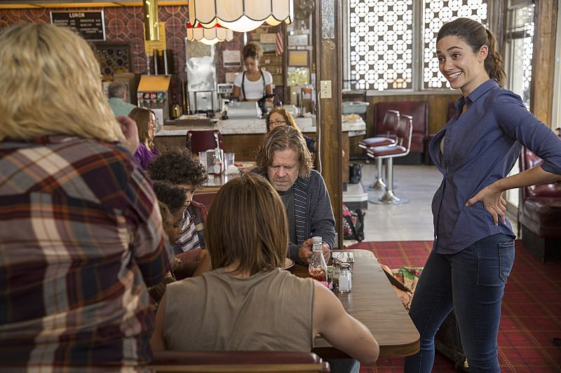 William H. Macy as Frank Gallagher and Emmy Rossum as Fiona Gallagher in Shameless (Season 7, episode 3) - Photo: Cliff Lipson/SHOWTIME - Photo ID: shameless_703_0988