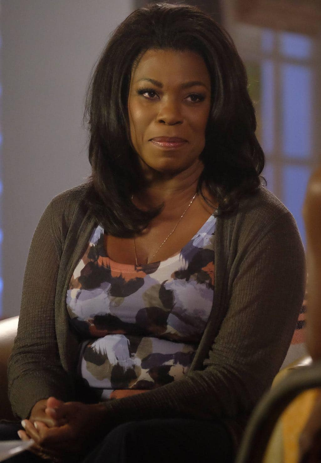 "ROSEWOOD: Lorraine Toussaint in the ""Spirochete & Santeria"" episode of ROSEWOOD airing Thursday, Wednesday Oct. 27 (8:00-8:59 PM ET/PT) on FOX. ©2016 Fox Broadcasting Co. CR: Darren Michaels/FOX"