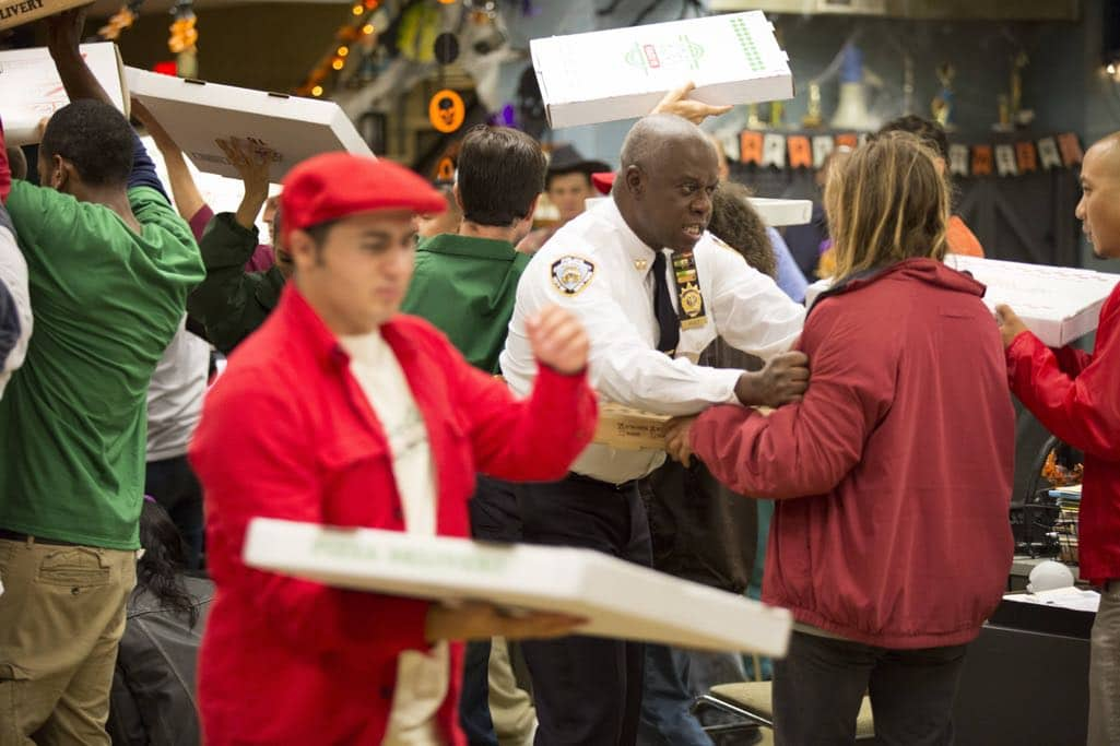 "BROOKLYN NINE-NINE: Andre Braugher in the ""Halloween IV"" episode of BROOKLYN NINE-NINE airing Tuesday, Oct. 18 (8:00-8:31 PM ET/PT) on FOX. CR: John P Fleenor/FOX"